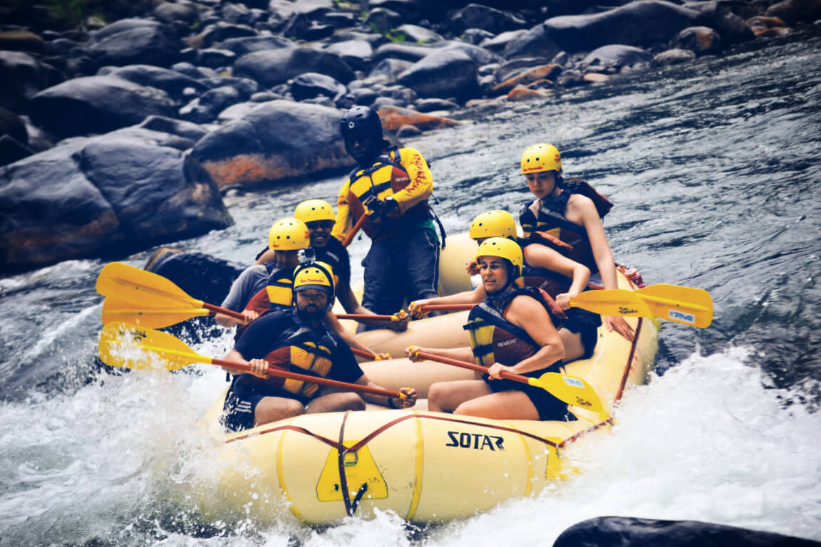 rafting in costa rica rapids boats