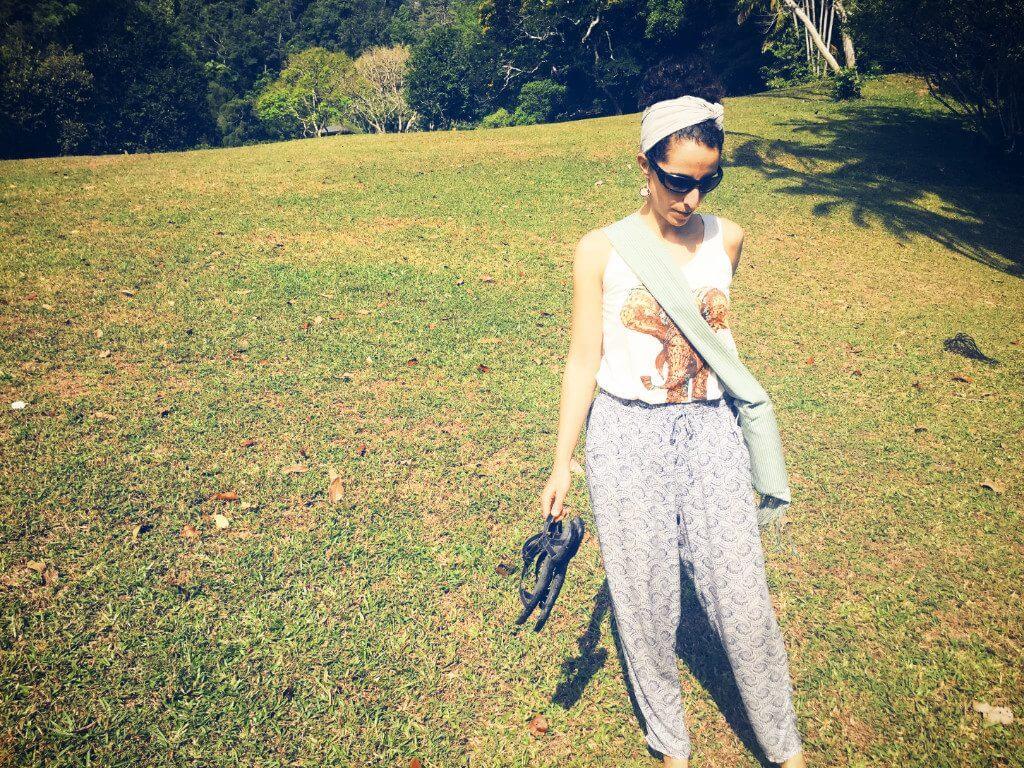 travel-essentials-women-minimalist-backpack